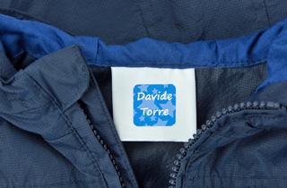 Etichette adesive per vestiti rimovibili